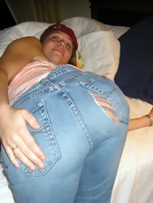 Arse angels in jeans