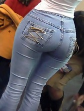 Phat booty angels in jeans